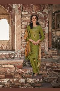 Pashmina Leaf Green Embroidered Suit With Velevt Stole