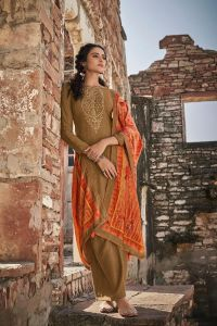Pashmina Mustard Embroidered Suit With Velevt Stole